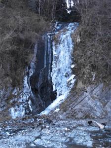将門の滝の凍結