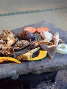 石器焼きでは沢山旬の食材が食べられます。