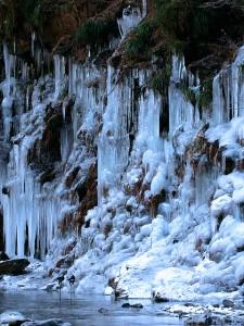 三十槌の氷柱(昨年の様子)