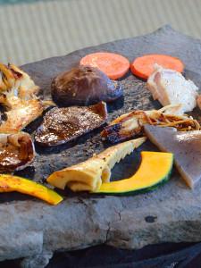 鈴加園で石器焼き