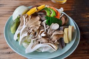 盛りだくさんの野菜ときのこ