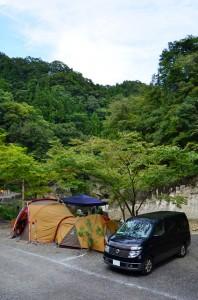 バッチリの装備でキャンプを楽しんでました。