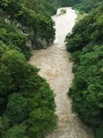 台風9号通過直後の荒川の様子